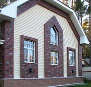 Облицовка фасадов сайдингом и кирпичом.